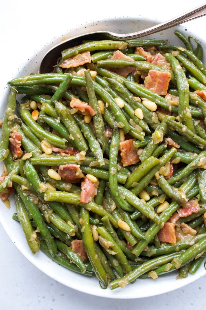 The Best One Pan Green Beans & Bacon