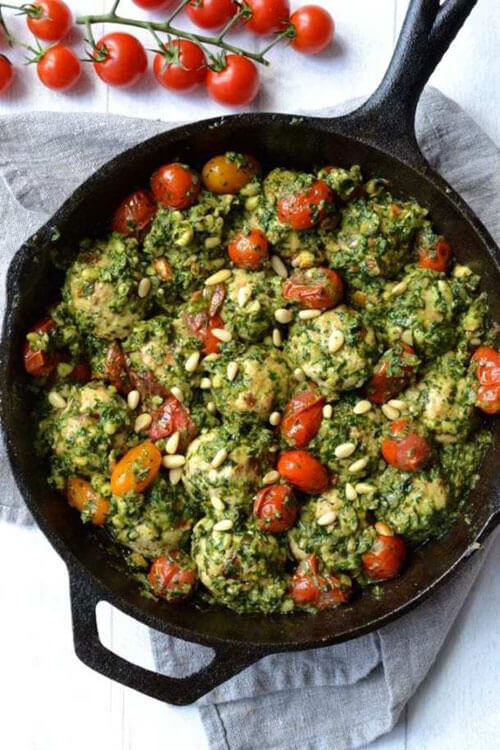 Sundried Tomato & Basil Chicken Meatballs in Pesto